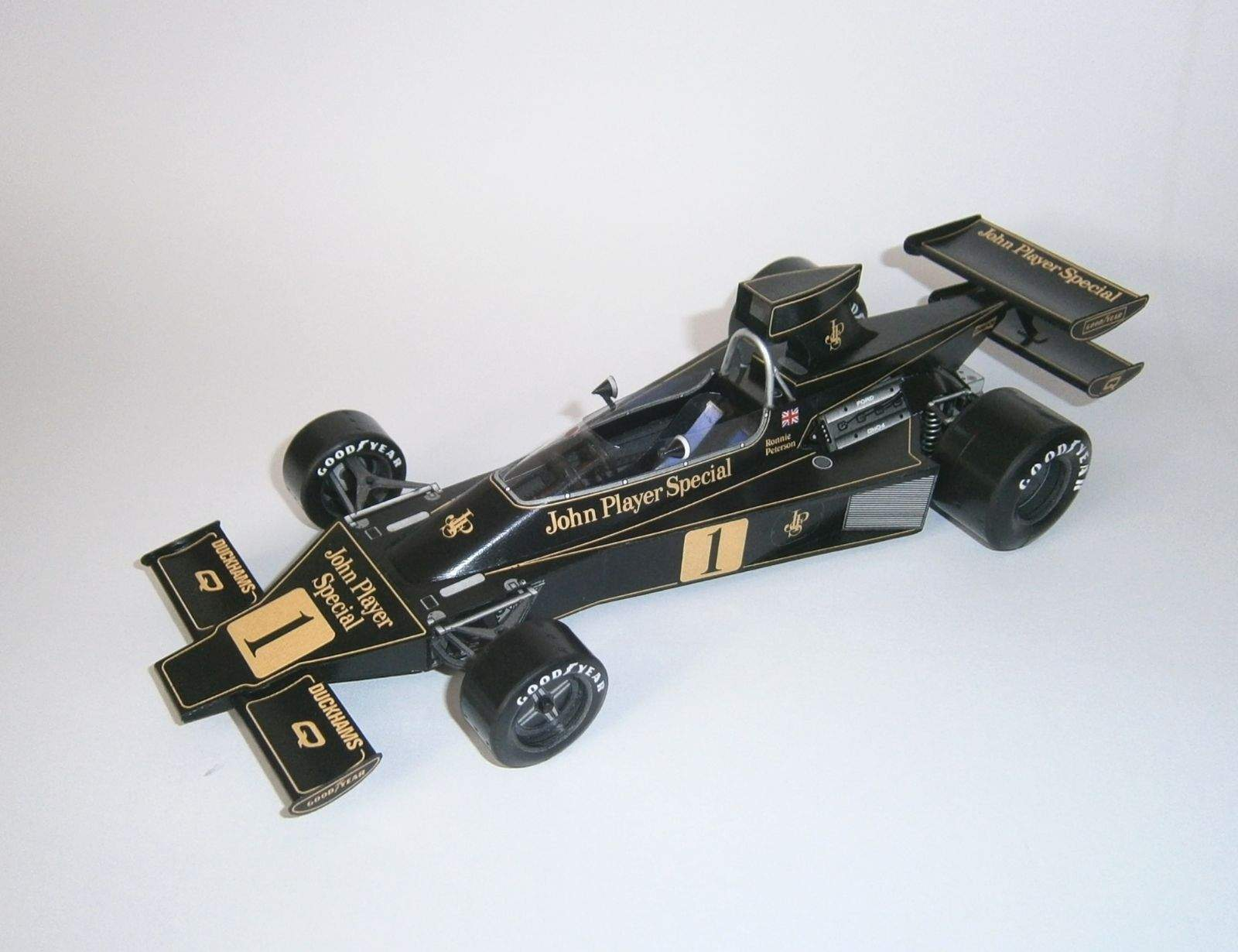 Lotus 76 - R. Peterson, GP South African 1974