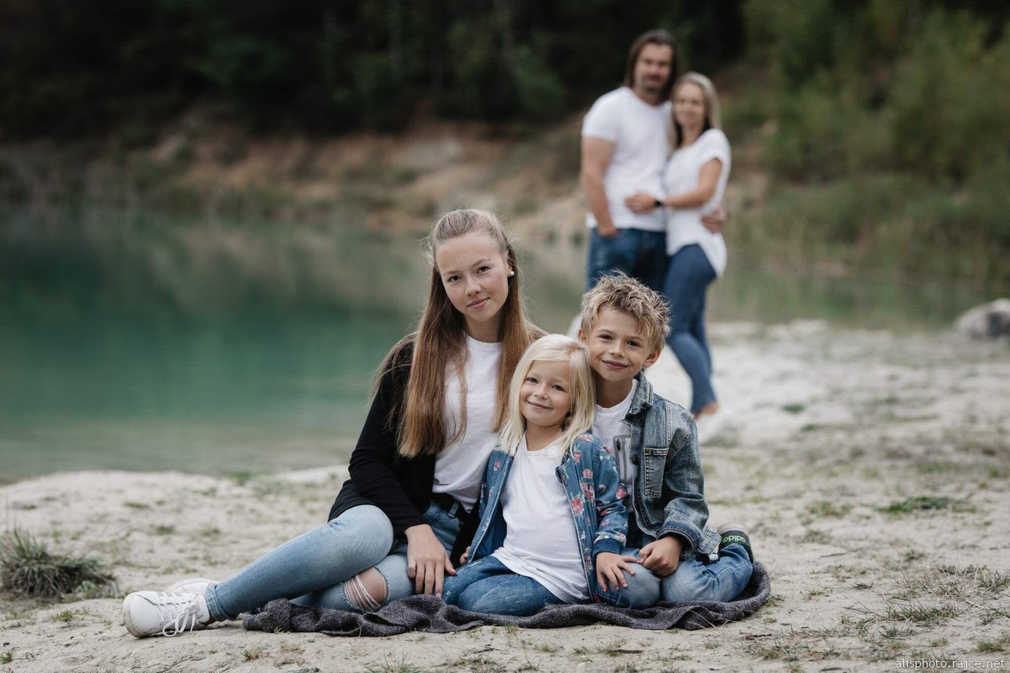 .rajce.idnes.cz girl children 5 Beach – Anna – album na Rajčeti