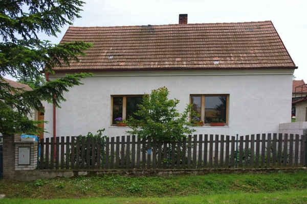 Slatina čp. 144 -  Zbraňková Alena (dříve Kohout Ladislav, Pelikán Karel)