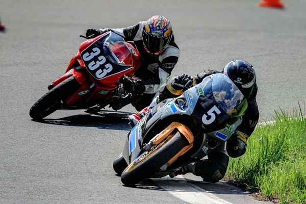 5 - Kolár Petr (CZ) APRILIA RS 125 umístil se na třetím místě, 333 - Sedlo Martin (CZ) CAGIVA MITO 125 umístil se na druhém místě, v kategorii 36 závodníků (2013)