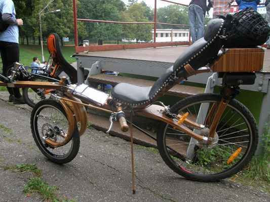 pátek - dřevěné kolo, které nakonec vyhrálo Luďkův pohár konstruktérů