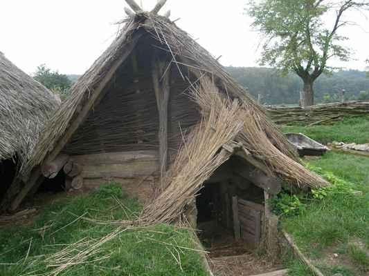 Sobota - nejstarší polozemnice