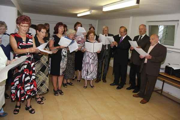 Zkouška zpěváků před slavností